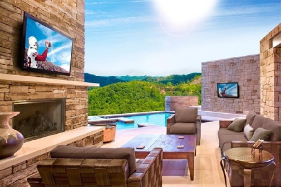 relieve-your-cabin-fever-with-outdoor-av