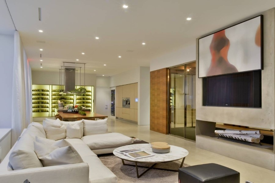 entertain-yourself-and-your-family-with-a-home-media-room